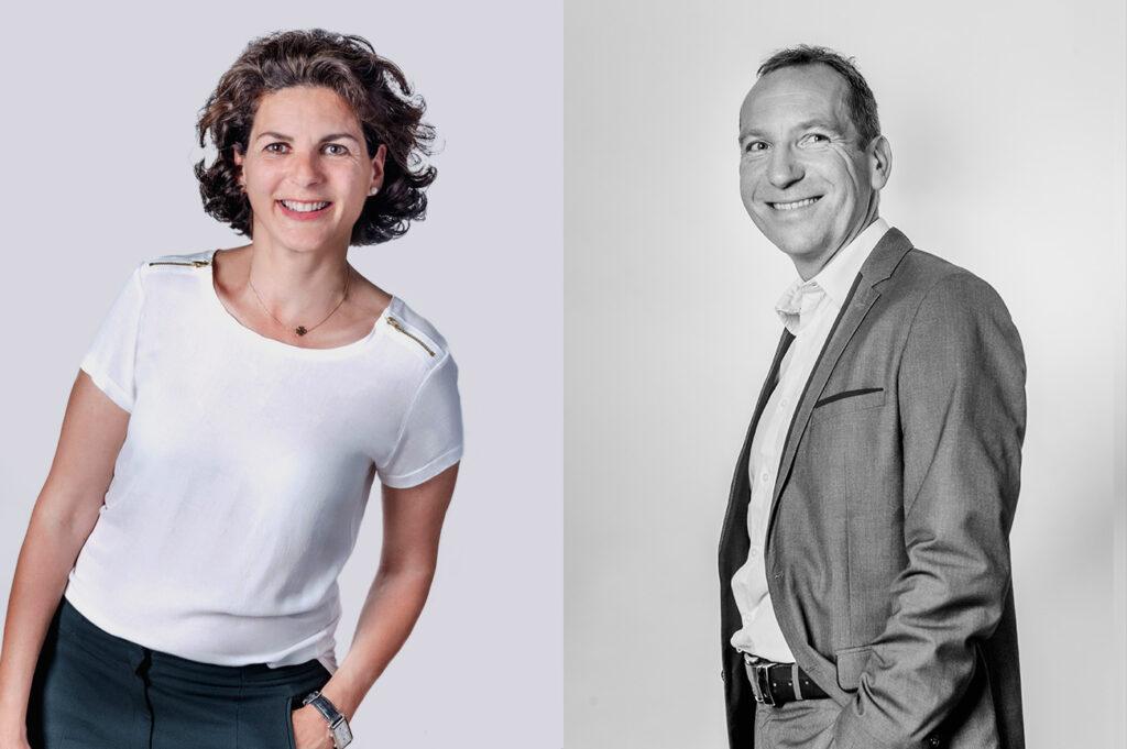 portrait-corporate-personnages-souriants-femme-traité-en-couleur-sur-fond-blanc-homme-traité-en-noir-et-blanc-prise-de-vue-aix-en-provence